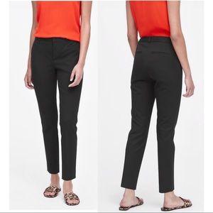 Banana Republic Sloan Fit Crop Pant Black Size 2